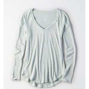 BRAND NEW American Eagle Soft & Sexy Long Sleeve